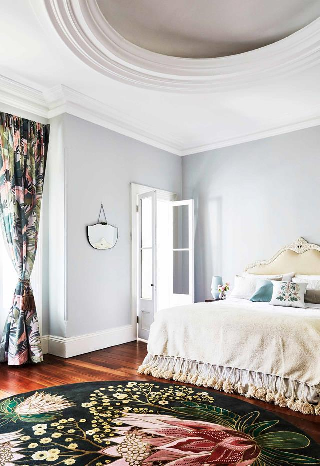 """The gorgeous House of Heras for Designer Rugs 'Sugarbush' rug brings the drama to this exquisite [1885 Italianate Victorian home's](https://www.homestolove.com.au/italianate-victorian-home-19959 target=""""_blank"""") master bedroom."""