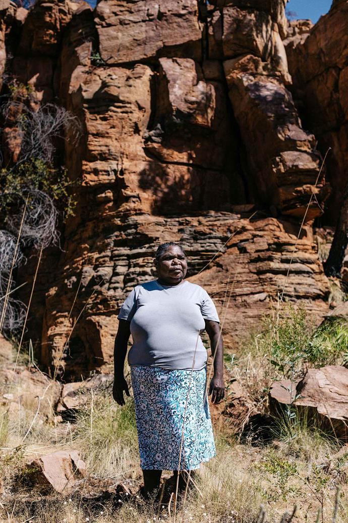 Gloria Mengil at Thegoowiyeng, a local Kununurra landmark near Waringarri Aboriginal Arts.