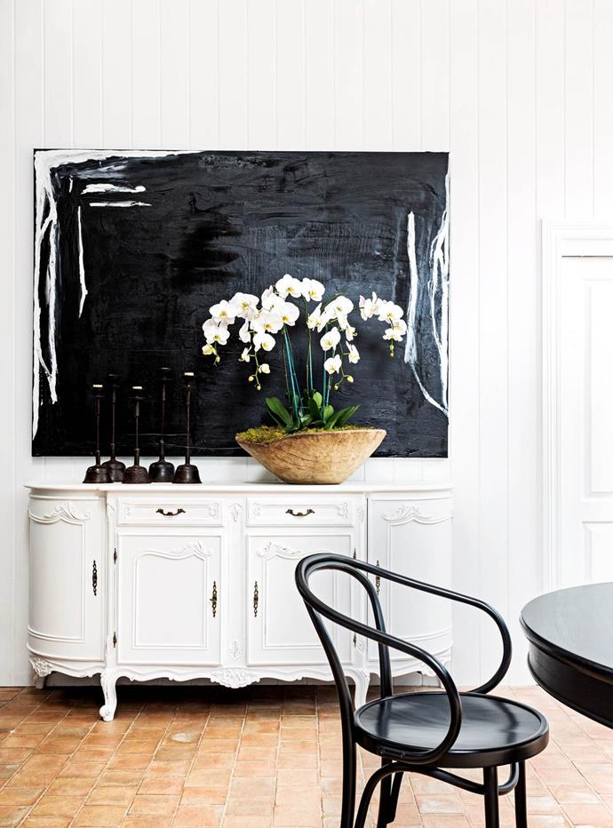 Working with a monochrome palette, Pamela Makin plays up 