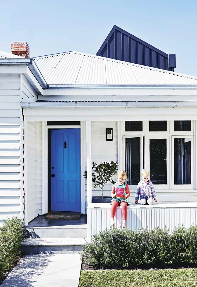 "This [updated late-Victorian era weatherboard cottage](https://www.homestolove.com.au/weatherboard-cottage-sandringham-20502|target=""_blank"") was given a family-friendly extension."
