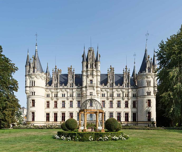 """<P>**FRENCH CHATEAU**<P>  <P>This [French Chateau](https://fave.co/2UYuEfo