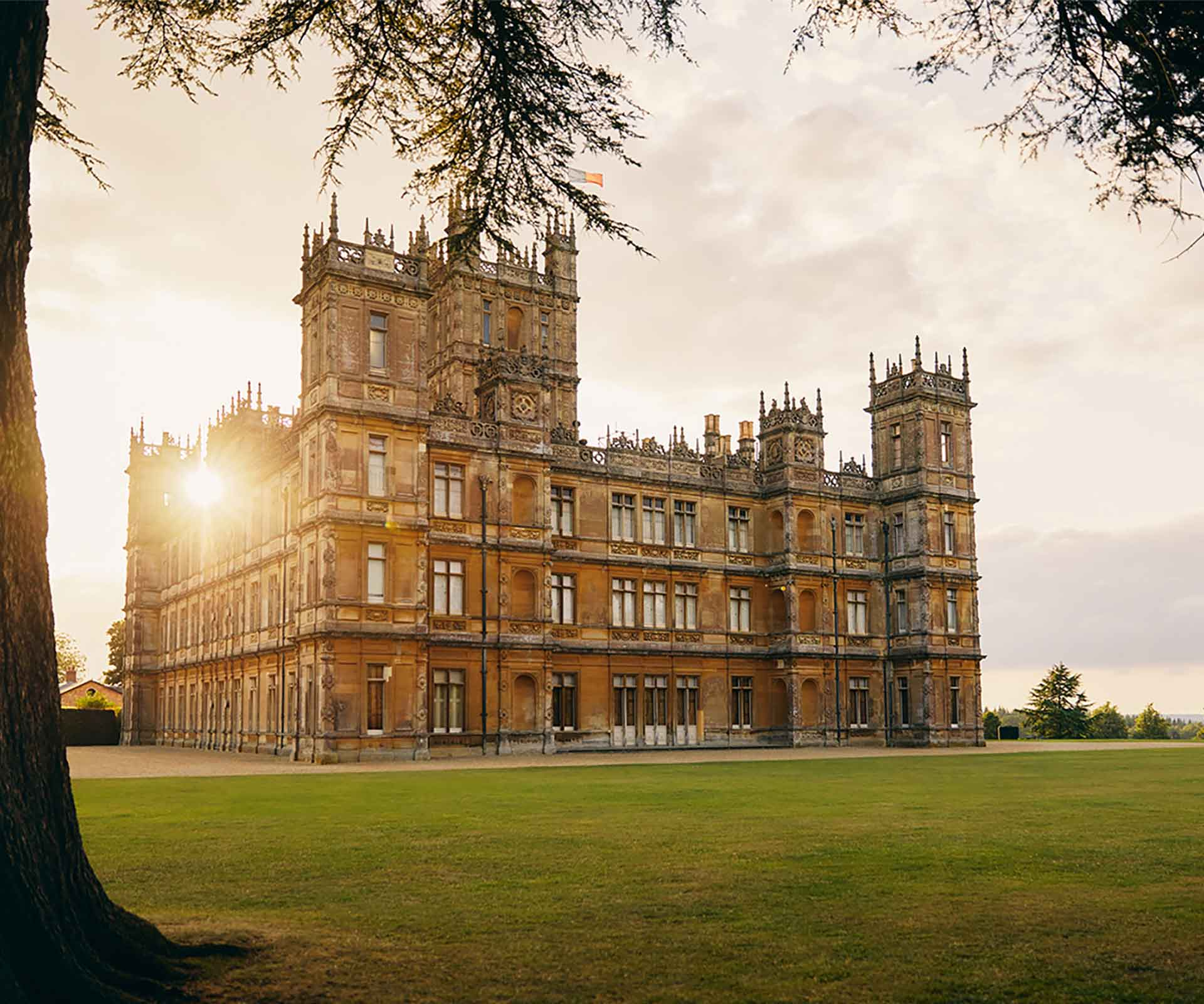 The Downton Abbey castle is now available to rent on Airbnb | Homes To Love