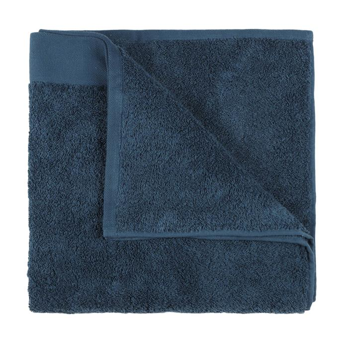 "Malmo Cotton Bath Towel in Teal, $6, [Kmart](https://www.kmart.com.au/product/malmo-cotton-bath-towel---teal/2330313|target=""_blank""