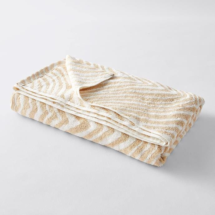"Canningvale Tribu Patterned Bath Towel in Gold, $20, [Target](https://www.target.com.au/p/canningvale-tribu-patterned-bath-towel-collection-gold/62363747|target=""_blank""