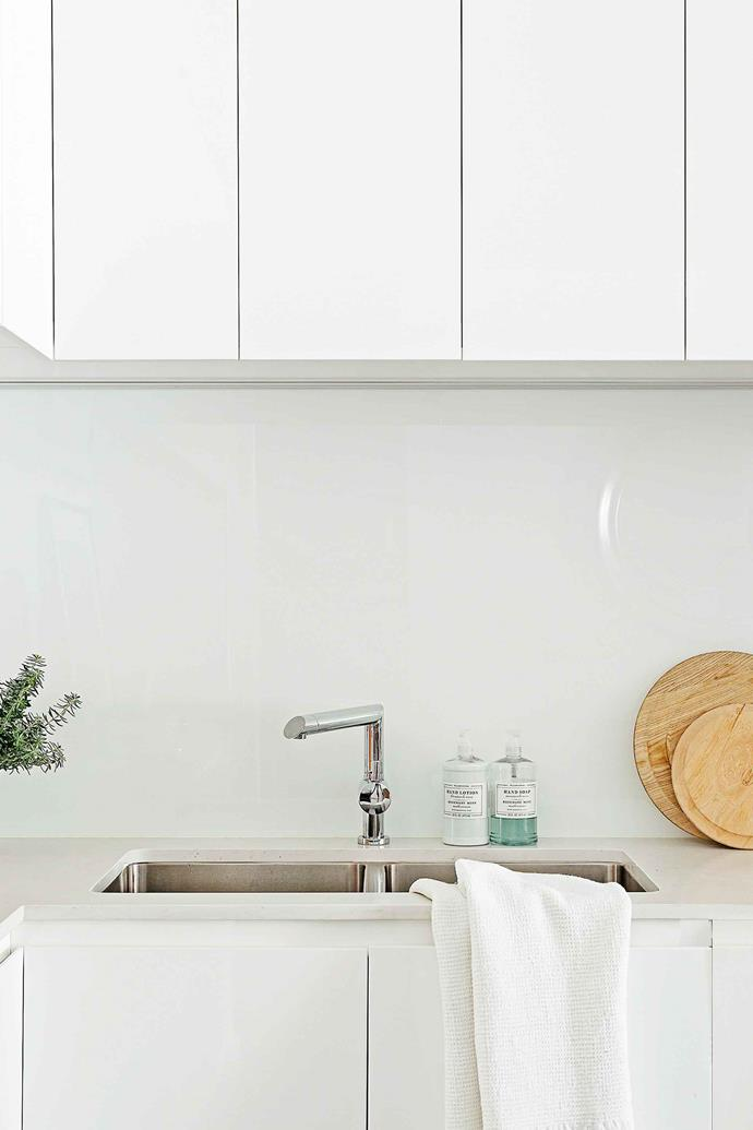 A classic, stainless steel undermount sink.