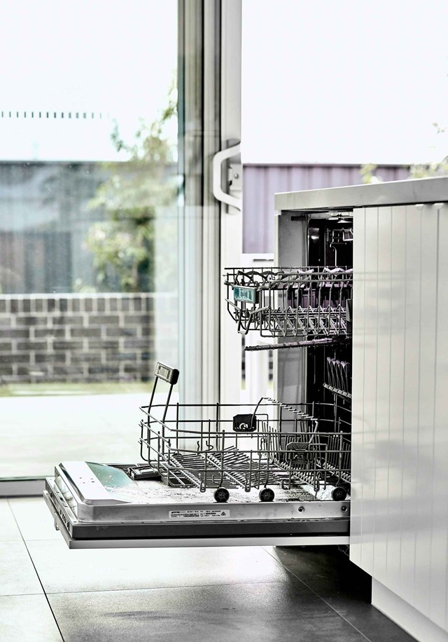 "A clean dishwasher means clean dishes! Find out [how to clean your dishwasher and washing machine >](https://www.homestolove.com.au/how-to-clean-dishwashers-and-washing-machines-10602|target=""_blank"")"