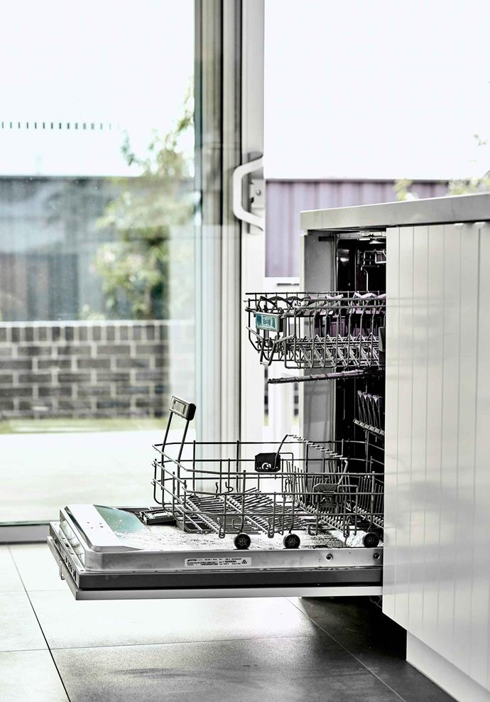 When used correctly, dishwashers are highly water efficient.