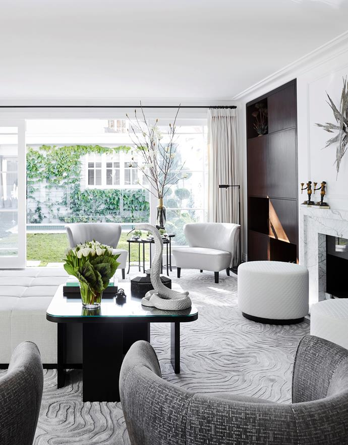 "Design duo and mother and daughter Poppy and Charlotte O'Neil put their heads together to create a contemporary and fresh space in Charlotte's [inner-city terrace](https://www.homestolove.com.au/chic-makeover-of-an-inner-city-terrace-6331|target=""_blank""). A chic monochrome interior and layers of luxurious finishes gives the terrace a fresh new look."