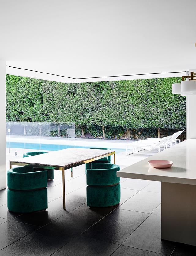 "Drawing on Californian inspirations, [this house](https://www.homestolove.com.au/contemporary-home-californian-appeal-20473|target=""_blank"") glows with a glamorous vibe that strikes a pose between ease and elegance. Expanses of operable sliding glass blur the inside with outside."