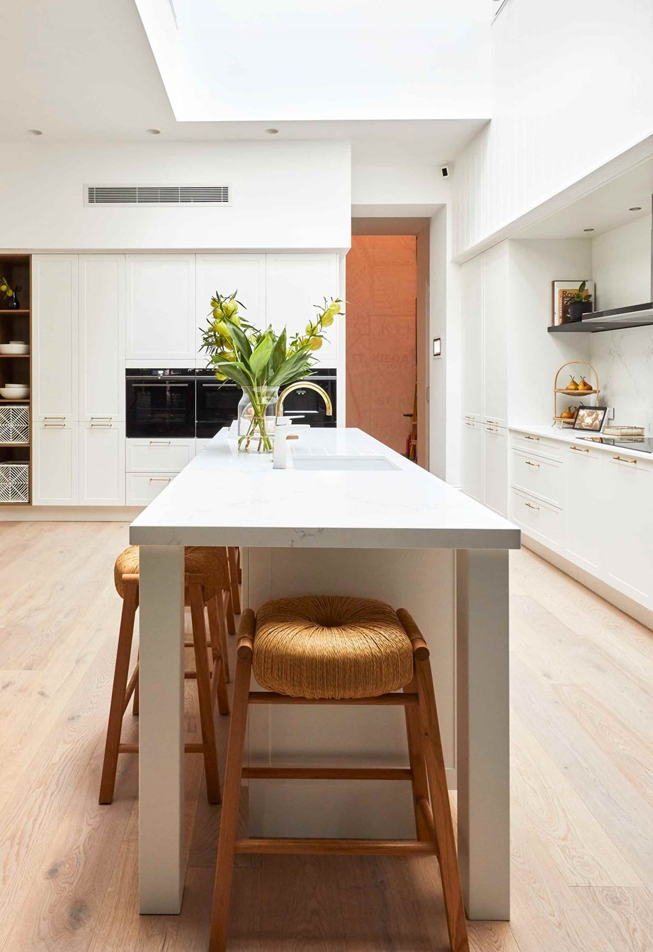Andy and Deb spent kitchen week strategically moving their void to maximise the natural light in the kitchen, living and dining area.