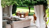 10 outdoor entertaining areas to inspire