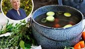 Maggie Beer's homemade chicken stock recipe