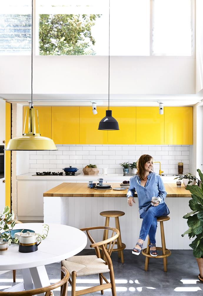 """Despite the property being a huge uninhabited mess, with a lawnmower in the bathroom and fishing gear in the shower, it was structurally solid. With the help of Georgia's dad, a retired carpenter, the couple did a cosmetic refresh that involved installing a [flat-pack kitchen](https://www.homestolove.com.au/how-to-install-a-flatpack-kitchen-19061