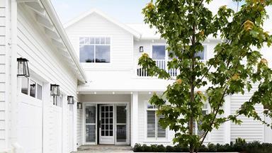 Coastal luxe meets Hamptons style in this Mornington Peninsula home