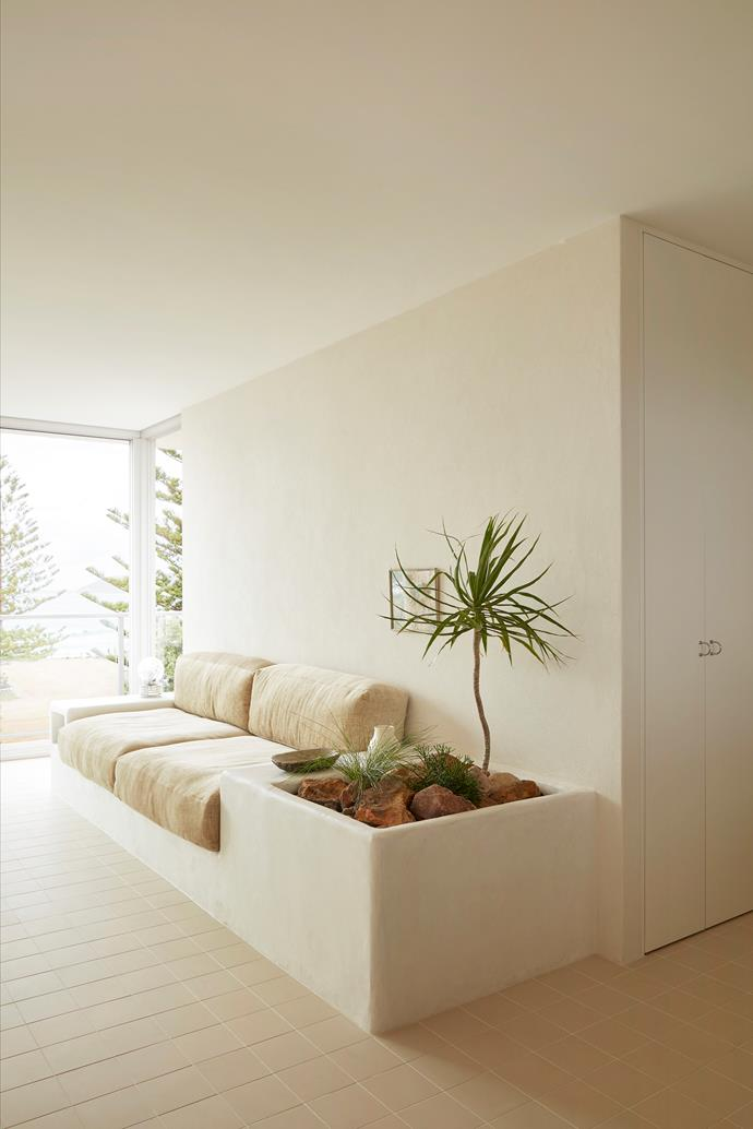 """The built-in Marrakech seat with its own garden by Tadelakt Sydney is homeowner Olivia Bossy's favourite feature. """"I wanted that desert garden look,"""" Olivia says. She upholstered the cushions in Tennessee 04 Italian chenille fabric from Verve Designer."""