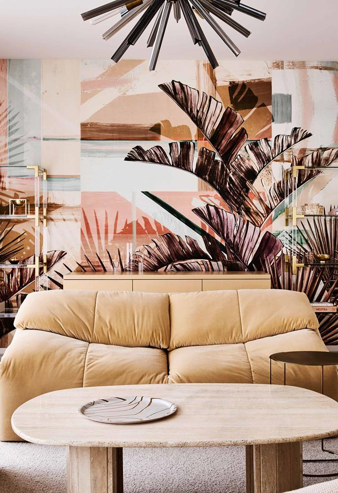 "**Cocktail room** The striking wall mural is by [Wall&Decò](https://www.wallanddeco.com/en/|target=""_blank""