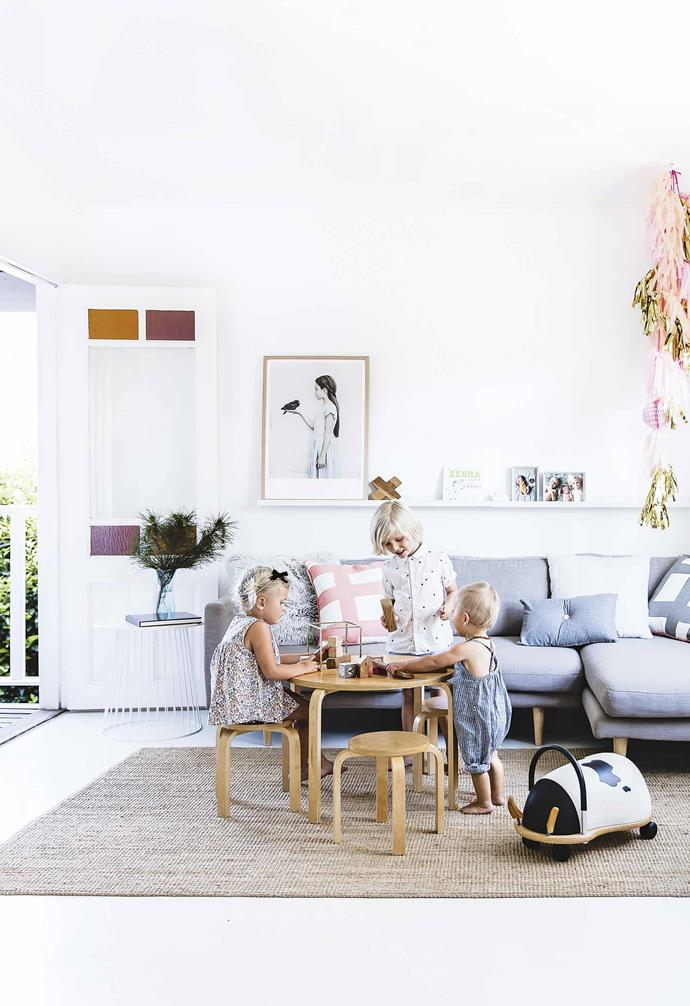 """It's just blasphemy in Rick's mind to have a fake tree,"" says Lee. ""So we always go and pick the tree with the kids, then, on December 1st, we put it up."" She puts her designer hat to one side, and lets the littlies hang [the ornaments](https://www.homestolove.com.au/15-stylish-christmas-decorations-5964