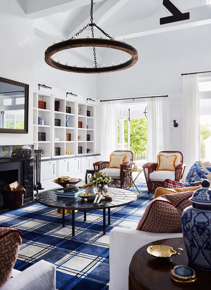 """This [Hamptons-style home](https://www.homestolove.com.au/preview/hamptons-style-house-inspired-by-a-hollywood-film-20806