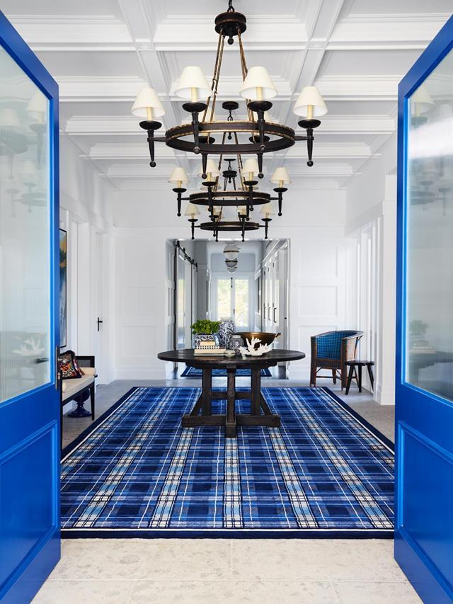 "Taking inspiration from the Hamptons property that featured in *Something's Gotta Give* architect Brad Inwood and interior designer Greg Natale created this [grand house](https://www.homestolove.com.au/hamptons-style-house-inspired-by-a-hollywood-film-20806|target=""_blank"") with Cape Cod features. Building on a crisp white palette, Greg layered cobalt blue in the entryway."