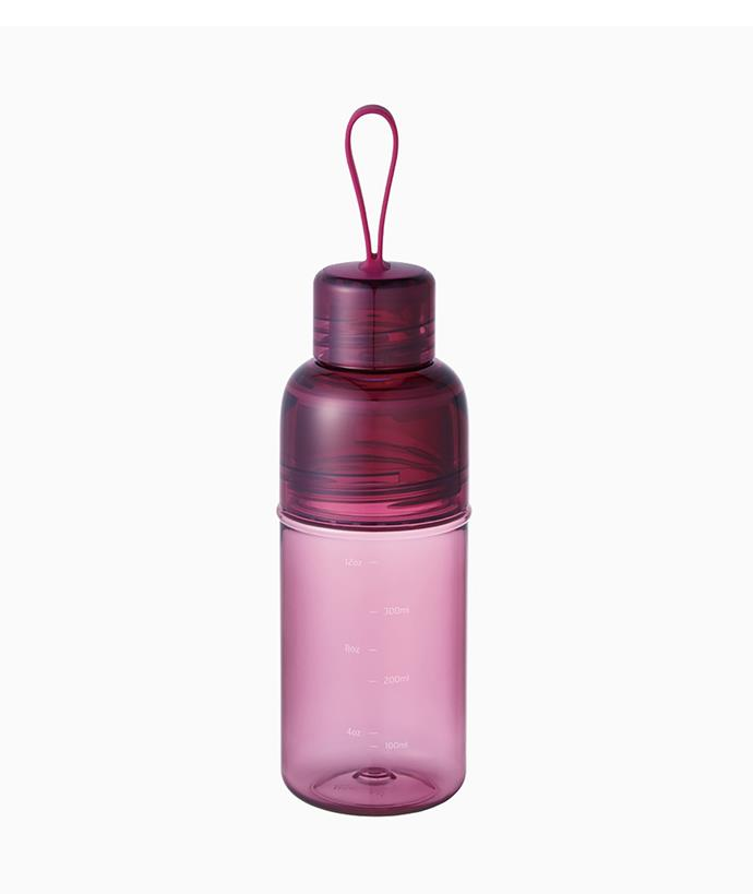 """Kinto workout bottle in magenta 480ml, $24.95, from [Milligram](https://milligram.com/kinto-workout-bottle-480ml-magenta