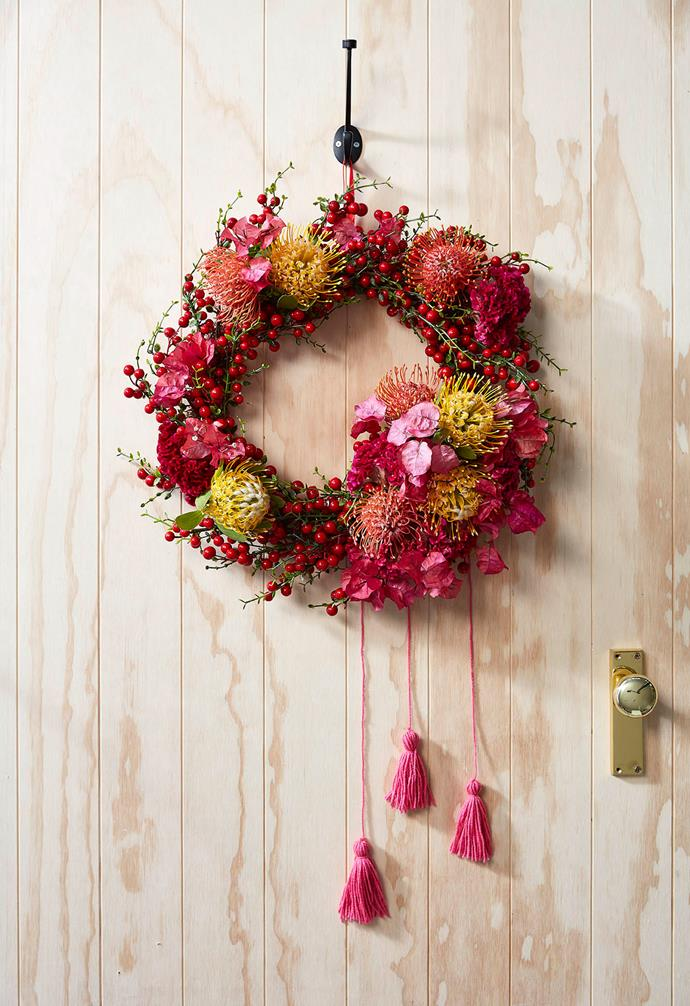 ">> [How to make an Australian native Christmas wreath](https://www.homestolove.com.au/australian-native-christmas-wreath-16632|target=""_blank"")"