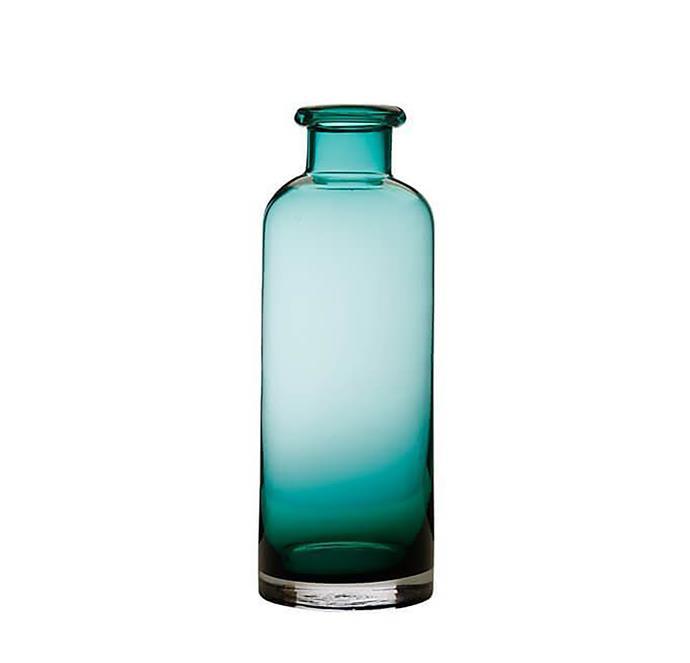 "Flourish bottle vase in green, $39.95, from [Maxwell & Williams](https://www.maxwellandwilliams.com.au/flourish-bottle-vase-34cm-green/|target=""_blank""|rel=""nofollow"")"