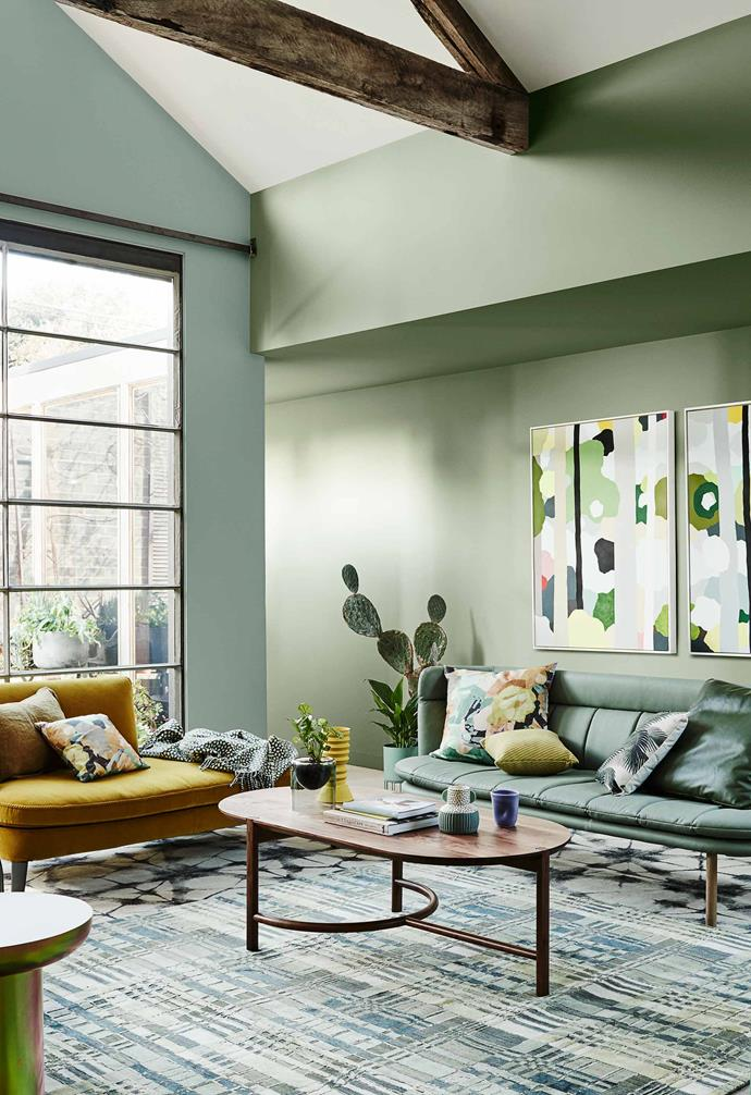"While most experts have agreed green is in for 2020, there's been a wide range of differing opinions on just *which* shades will be dominating our homes. This living room space has paired [Dulux](https://www.dulux.com.au/|target=""_blank""