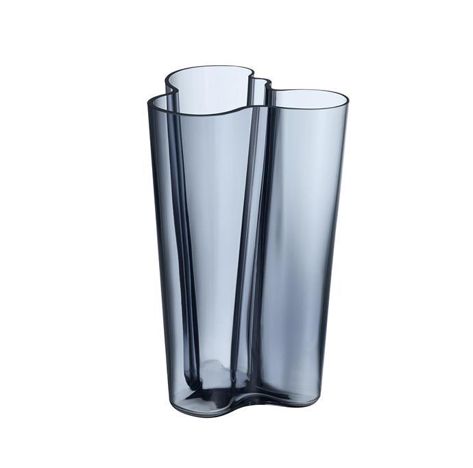 "iittal Aalto Finlandia vase in rain, $299, from [David Jones](https://www.davidjones.com/Product/20301358?istCompanyId=466a8370-6b00-4f27-87e1-ca6839e80dd6&istFeedId=e623e8fb-2ac0-43c5-9b01-5f07405aa50c&istItemId=wiqmiwipr&istBid=t&gclid=Cj0KCQiAn8nuBRCzARIsAJcdIfNact5p_Z4xxj2X9euwLs7w2upZQc4hfIkYf0YEg255y-zdZYidaKkaAheEEALw_wcB&gclsrc=aw.ds|target=""_blank""|rel=""nofollow"")"
