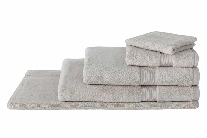 """**Sheridan ultra-light luxury towel range, $8-36 (originally 19.95-89.95), [Sheridan Outlet](https://www.sheridanoutlet.com.au/sheridan-ultra-light-luxury-towel-range-s1le-b114-c274-319-barley.html