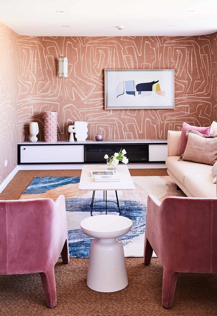 "A mix of rosy tones from millennial pinks to earthy clay tones combine in the colourful living room of this [penthouse apartment](https://www.homestolove.com.au/colourful-penthouse-apartment-with-personality-20466|target=""_blank"")."