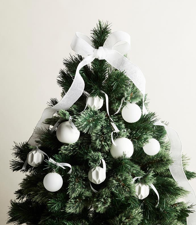 "White ribbon, [Vandoros Fine Packaging](https://www.vandoros.com.au/|target=""_blank""
