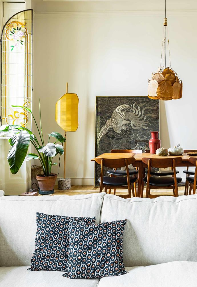 """**Living** The apartment is layered with a mix of Italian, Nordic and [vintage modern design](https://www.homestolove.com.au/vintage-style-apartment-20423