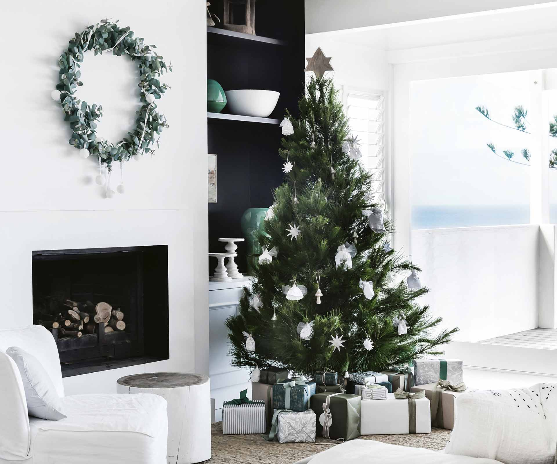 4 easy Christmas decor tips to help you deck your halls in style