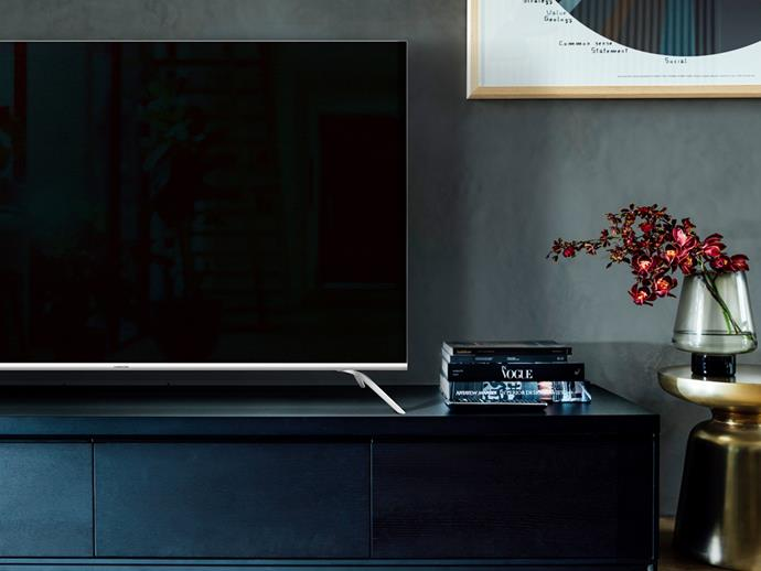 "**[Hisense Series 8 4K ULED, pricing and availability TBC](https://hisense.com.au/product/75-series-8-75r8/|target=""_blank"")** Sometimes it's the simple things and with a super-slim screen and sleek aluminium stand, this TV is just beautiful. Aside from its physical aesthetics, the 2020 TV series comes with VIDAA 4.0 software which connects to DeviantArt, a platform which houses over 370 million pieces of original art - essentially turning your home into an art studio at the click of a button.  **Best for:** The person who's looking for a unique collection of art to display wrapped up in a smart TV."