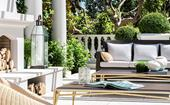 10 luxurious outdoor living areas