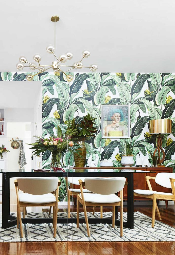 "**Dining area and kitchen** On the opposite side of the room, beneath a [Coastal Living](https://coastalliving.com.au/|target=""_blank""