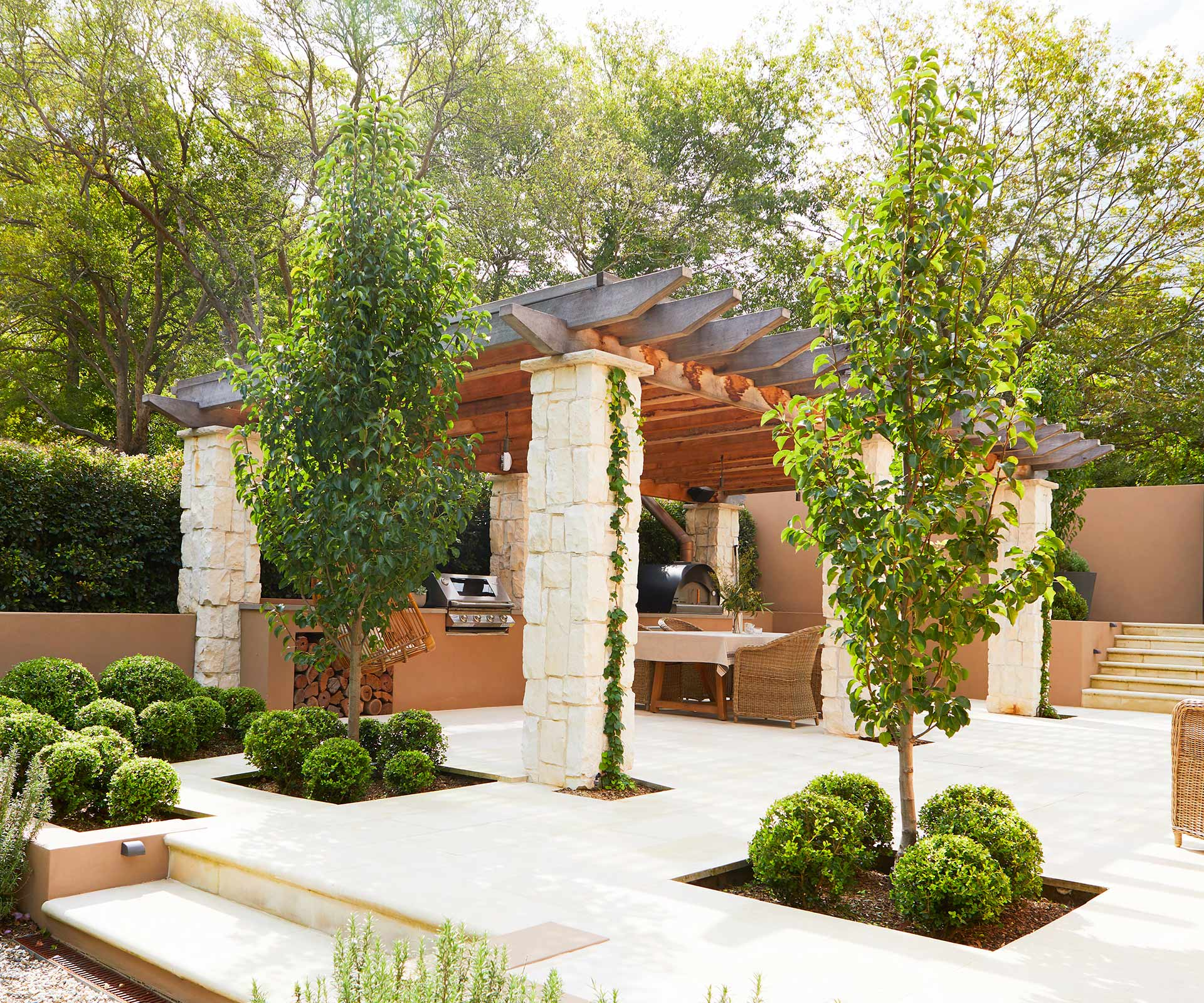 A Spanish-style garden in Sydney that's made for entertaining