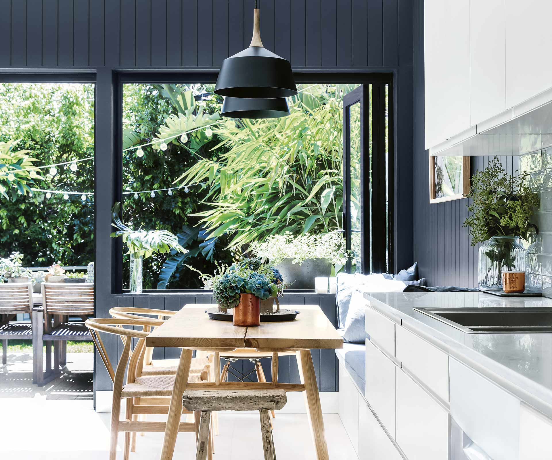 A beachy bohemian bungalow with indoor-outdoor living | Inside Out