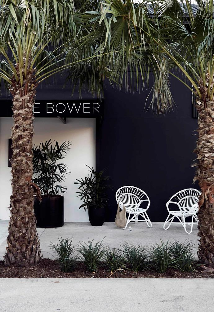 "When it comes to making a bold first impression, its the [facade](https://www.homestolove.com.au/18-home-facades-to-inspire-2925|target=""_blank"") that can have the biggest impact. We love the striking [dark exterior](https://www.homestolove.com.au/dark-home-exteriors-20285