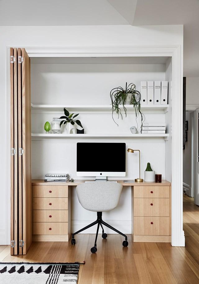 "Interior designer Lauren Li used [custom joinery to transform this Melbourne home >](https://www.homestolove.com.au/modern-joinery-ideas-21111|target=""_blank"")."