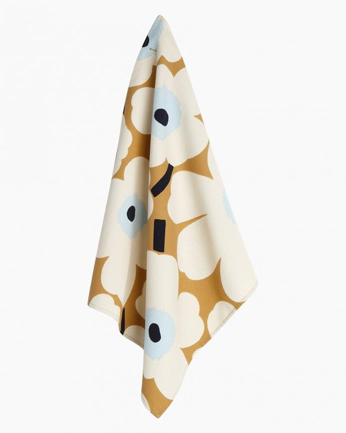 "Pieni Unikko tea towel, $25, [Marimekko](https://www.marimekko.com/au_en/pieni-unikko-tea-towel-46x50-cm-beige-off-white-blue-069017-815 target=""_blank"")"