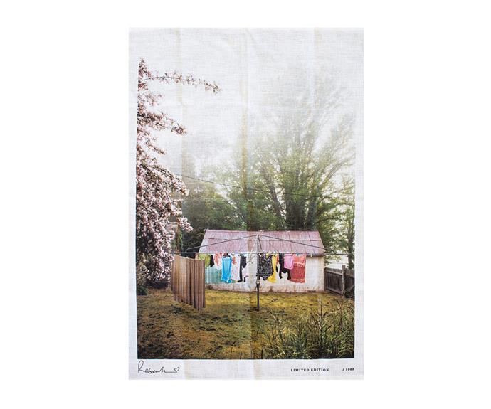 "Great Dividing Range Souvenir tea towel, $68, [Kara Rosenlund](https://shop.kararosenlund.com/great-dividing-range-souvenir-tea-towel/ target=""_blank"" rel=""nofollow"")"