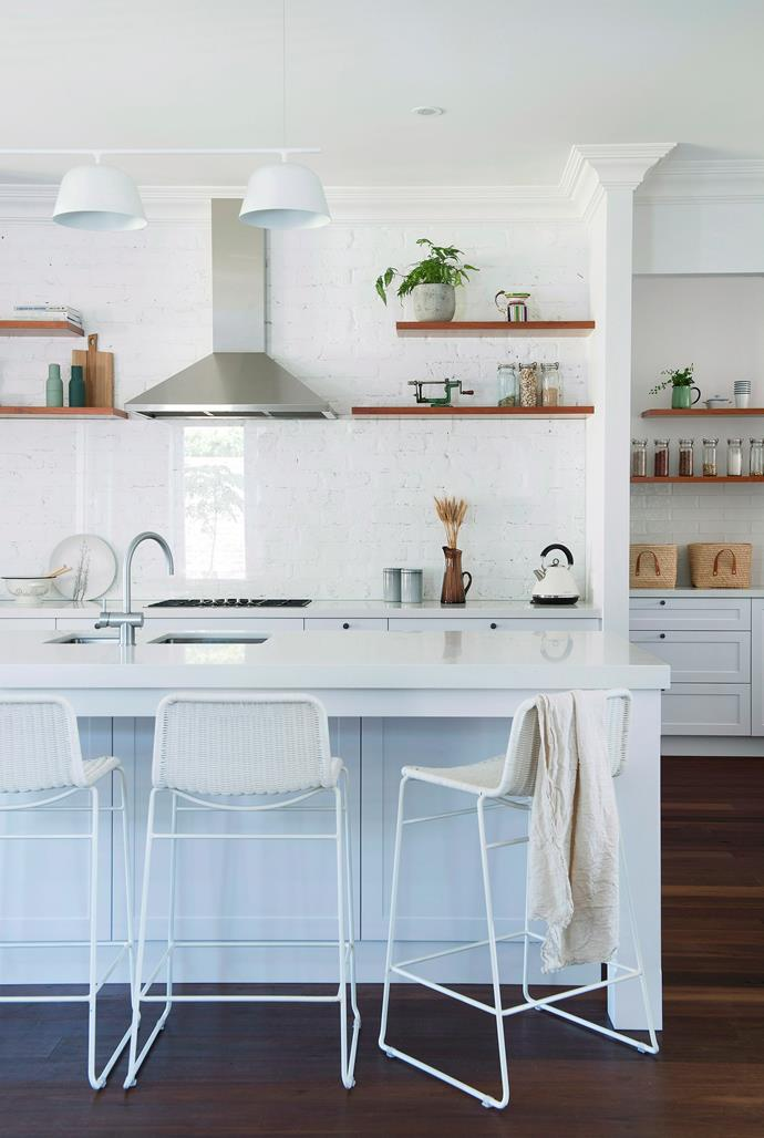 "Want to renovate your kitchen but aren't sure how much it will cost? Cherie Barber breaks down a [low-cost, mid-range and luxury kitchen reno >](https://www.homestolove.com.au/how-much-will-your-kitchen-renovation-cost-15790|target=""_blank"")"
