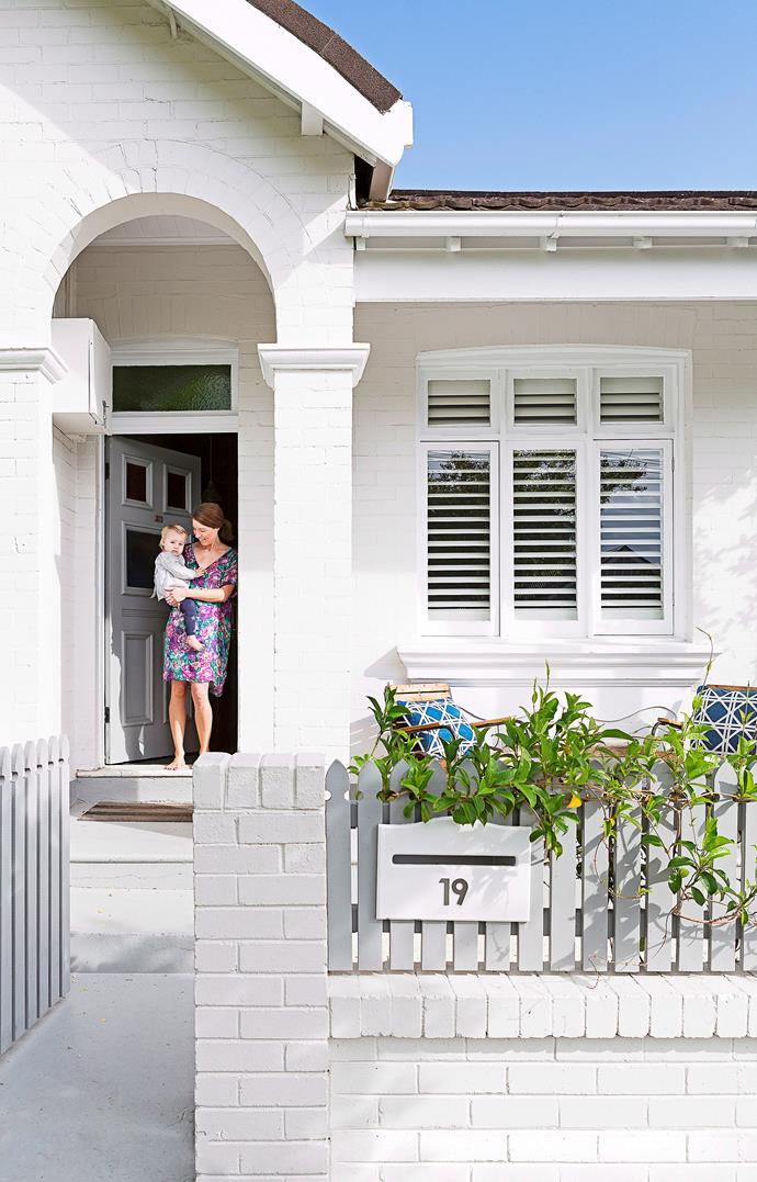 "Looking for a quick, easy and affordable way to transform your dated brick home exterior? [Painted brick](https://www.homestolove.com.au/painted-brick-home-exterior-6695|target=""_blank"") is one of the hottest home exterior trends right now, favoured for its cost-effective and totally transformative results."