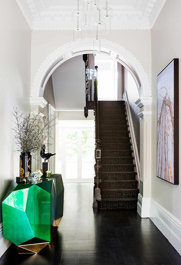 """Originally used in Victorian homes, Black Japan flooring is the perfect fit for this [updated 1890s abode](https://www.homestolove.com.au/grand-victorian-terrace-updated-with-contemporary-furnishings-21112