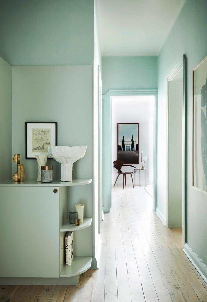 **Hallway** The owner loves her new limewashed floor. Art pieces by Gidon Bing, Michael Verheyden and Paola Paronetto.