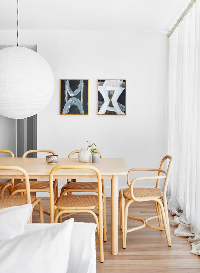 The design-savvy owner of an already stylish apartment in Sydney's Darlinghurst called on Hecker Guthrie to further unlock the space's potential. The light-filled apartment is sophisticated and contemporary and the focus centres around social living at its core.