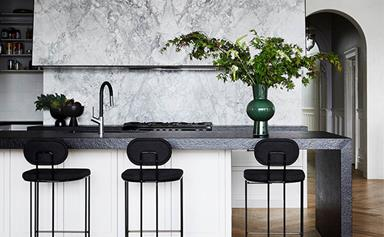 10 timeless black and white kitchen design ideas