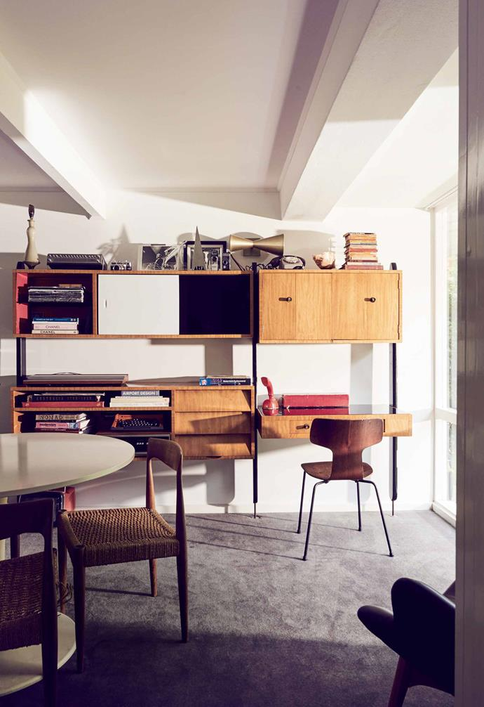 Tim Ross had a 1950s-style wall unit custom-made for this room in his home on Sydney's northern beaches.