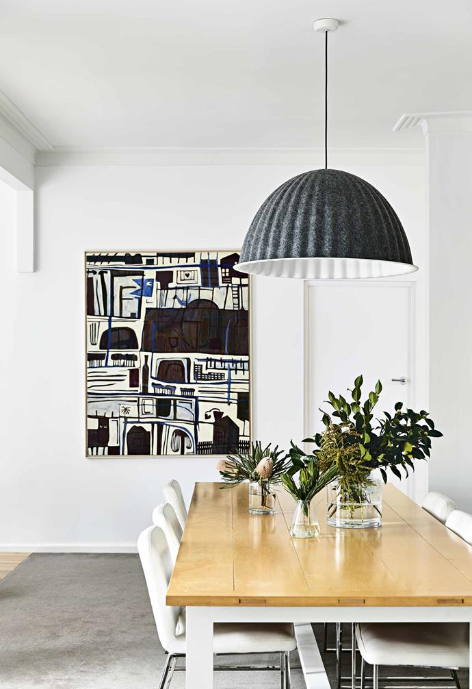 """Statement artworks create striking features in every room in this [Art Deco home](https://www.homestolove.com.au/art-deco-house-melbourne-18506